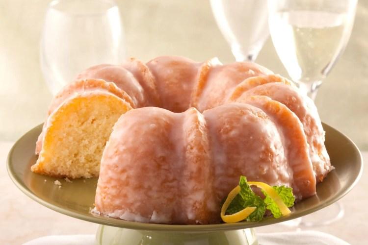Cake Recipes - Aunt Mayme's Lemon Drop Cake