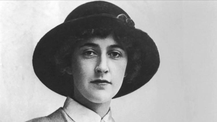 Agatha Christie - Mystery Author