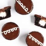 Cake Recipes - Homemade Hostess Cupcakes