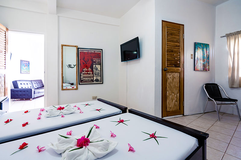 one bedroom suite beds scandi divers resort puerto galera