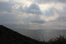 Lumière scandinave à travers les nuages