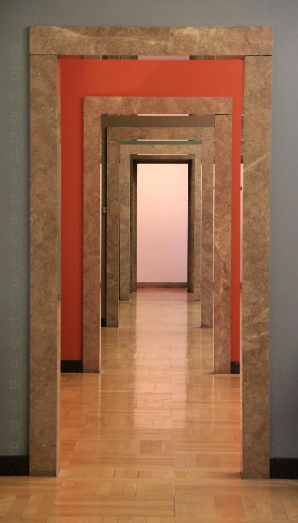 Enfilade de salles de musée à l'étage de la Glyptotek