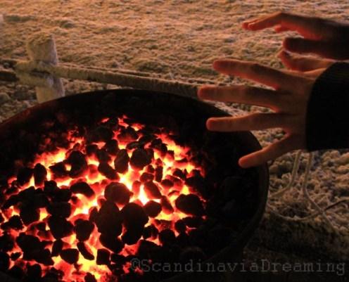 Se réchauffer les main en hiver