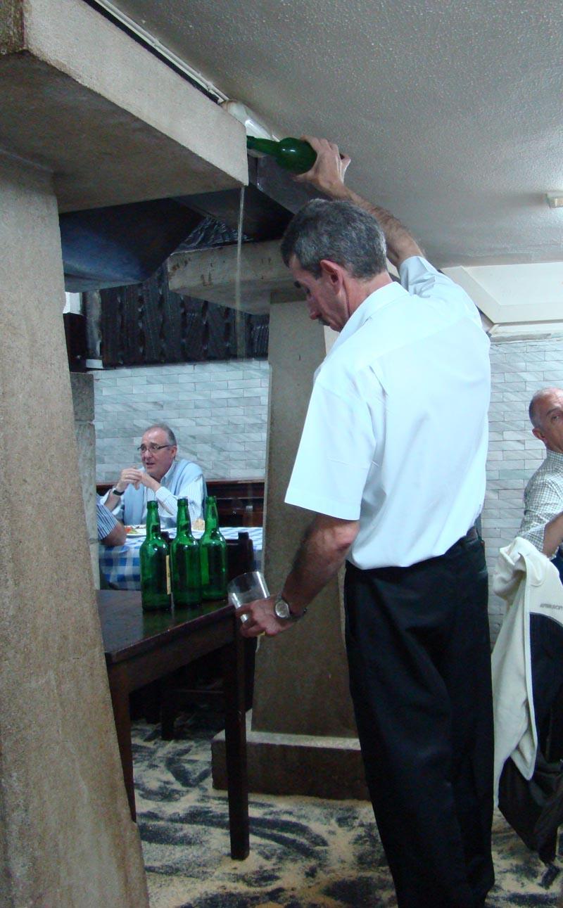 Comment servir le cidre des Asturies