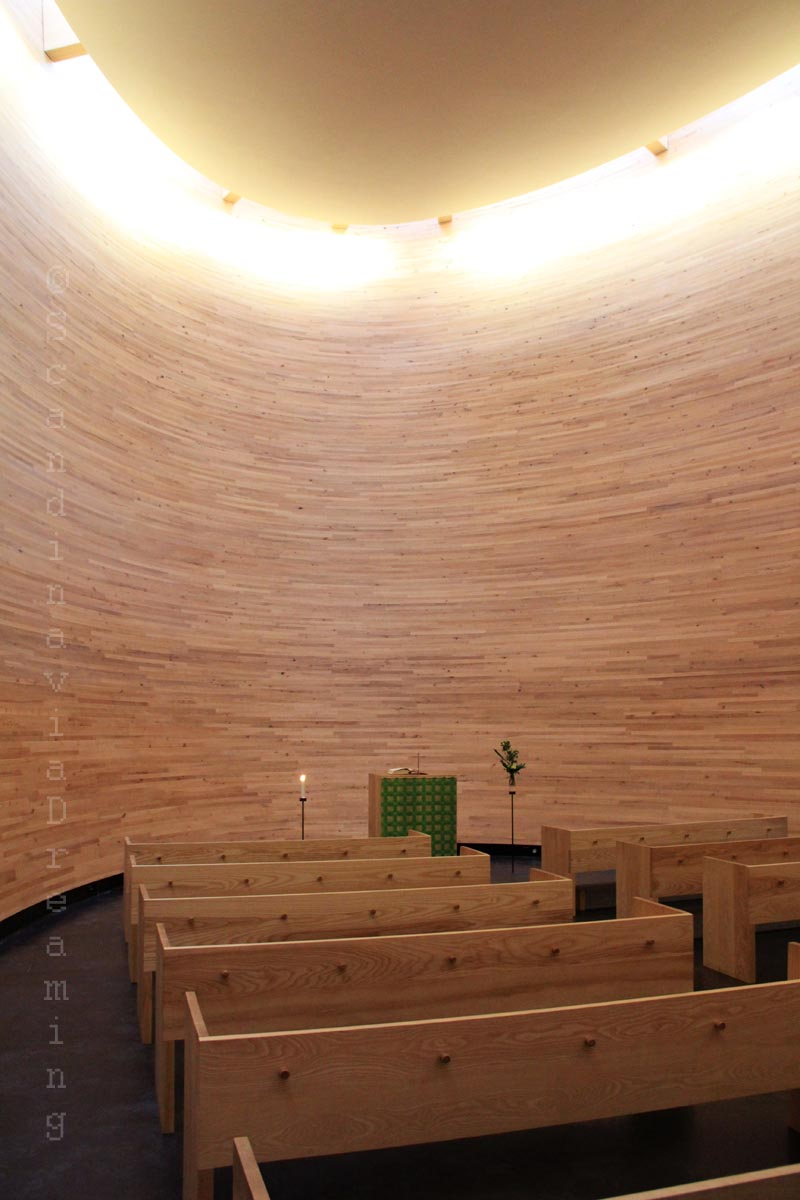 Eglise du Silence, nef