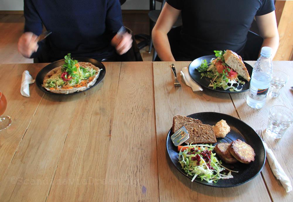 Déjeuner au café Knarr Roskilde