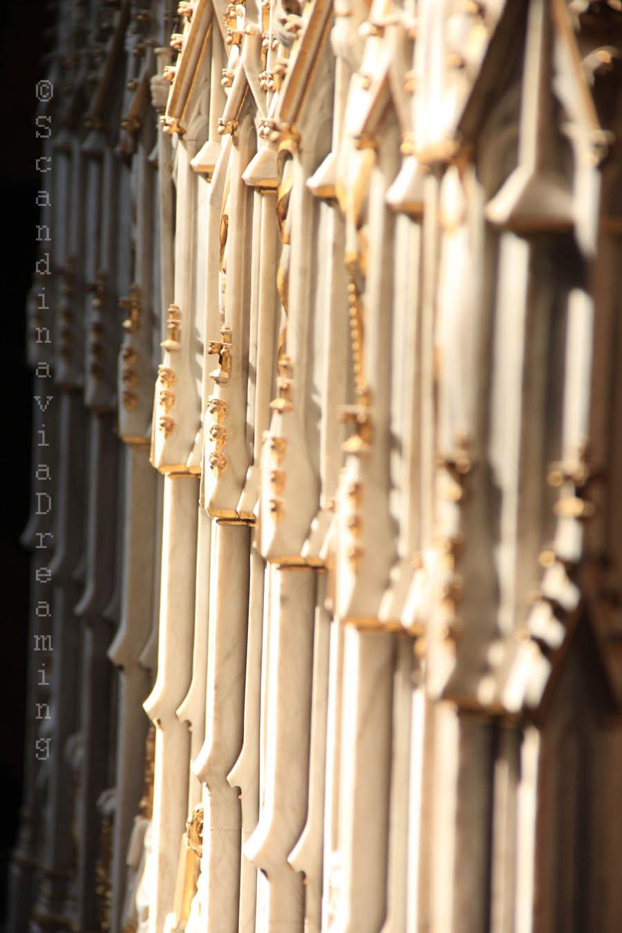 Détail d'un tombeau dans le choeur de la cathédrale de Roskilde