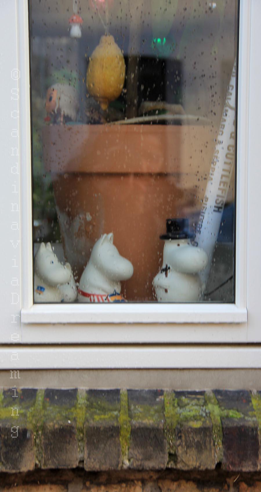 La fenêtre aux Moomins