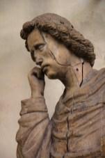 Statue de saint Jean en bois