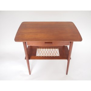 Table d'appoint vintage scandinave
