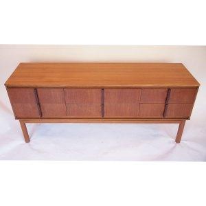 Enfilade ou commode 6 tiroirs, vintage scandinave, ligne rectiligne