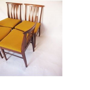 Lot de 4 chaises scandinave vintage jaune