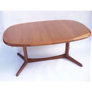 Table ovale scandinave vintage danoise, pied central, une rallonge