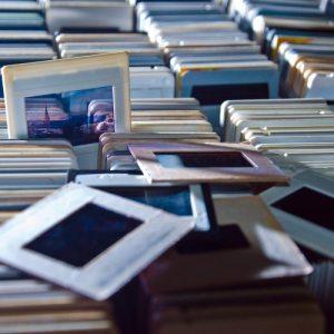 Digitaliseren van media zoals dia's en negatieven.