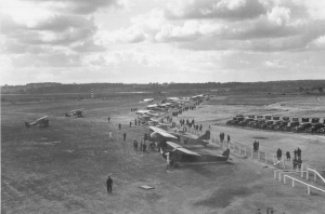 Air Meet at Portland Airport in Scarborough, 1928