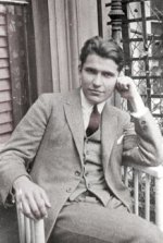 Erwin Chargaff, 1930.