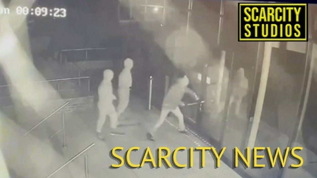 £420,000 safe robbery in Surrey Jewellers CCTV