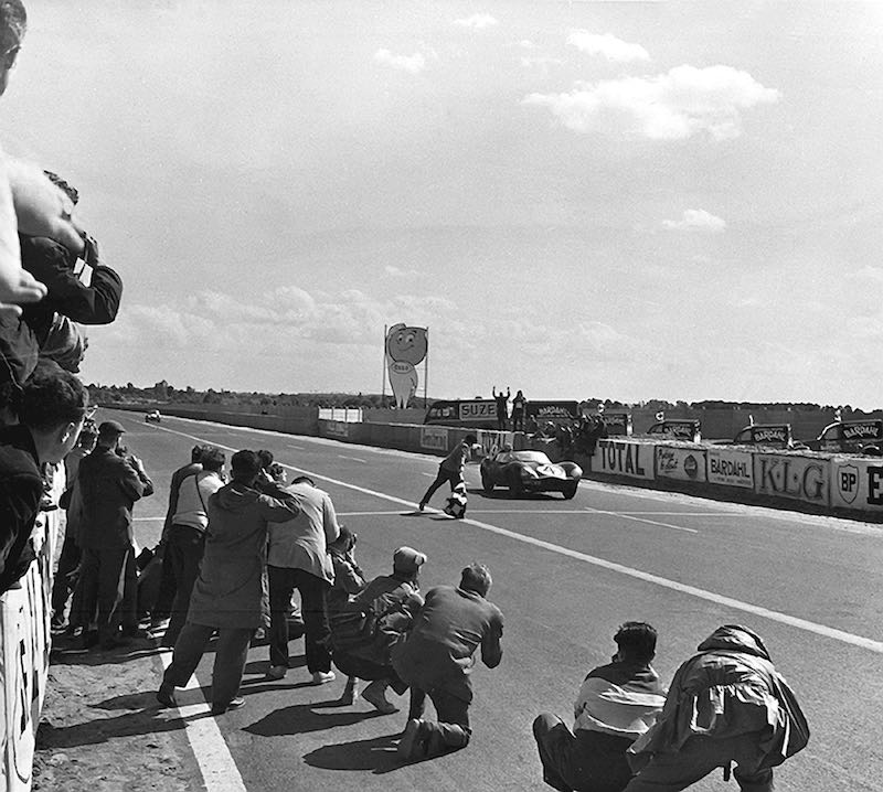 XKD 501 takes the checkered flag at the 1956 24 Hours of Le Mans (photo: Courtesy of the Klemantaski Collection)