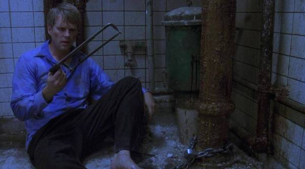 saw-movie-2004-horror-review-cary-elwes