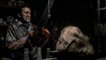 Bruce Cambell in Evil Dead II