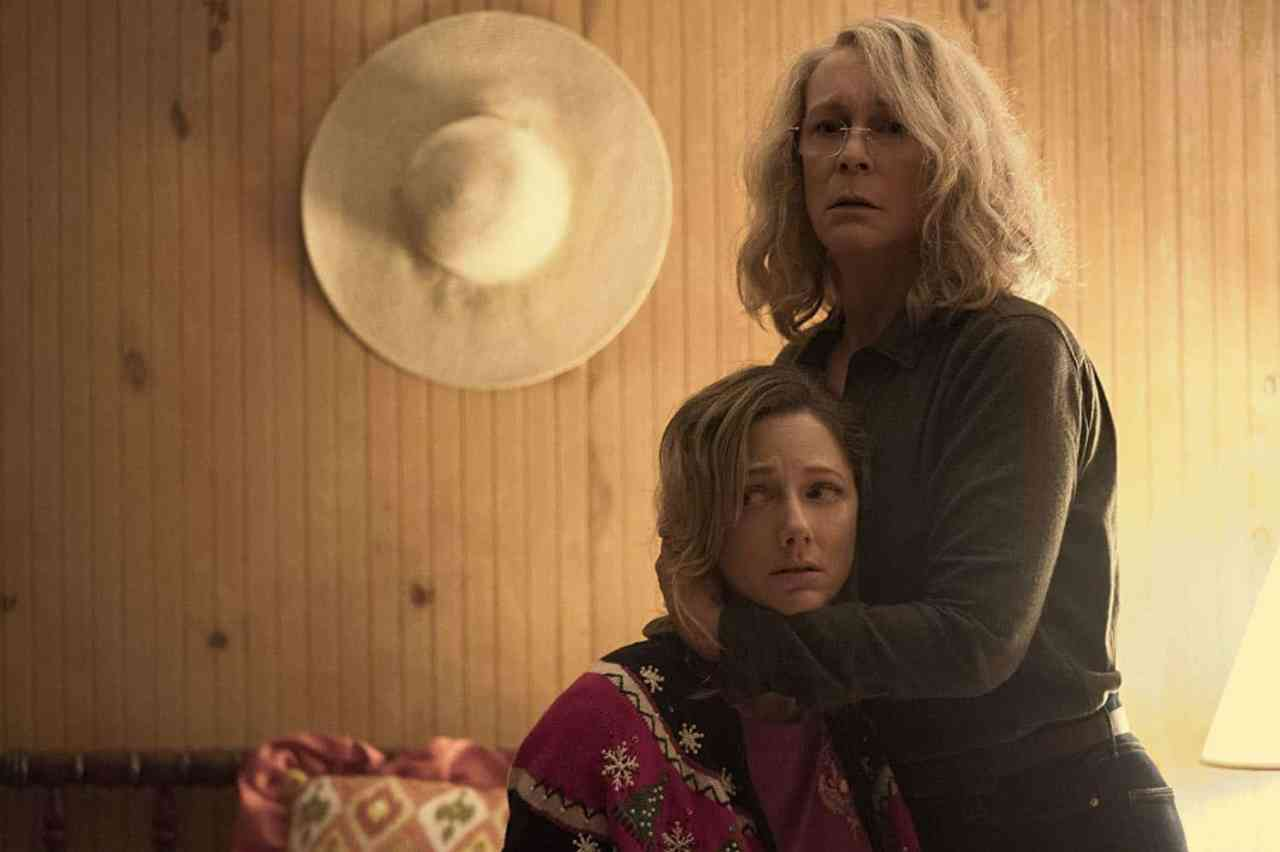 Halloween Jamie Lee Curtis and Judy Greer