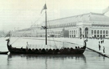 Viking,_replica_of_the_Gokstad_Viking_ship,_at_the_Chicago_World_Fair_1893