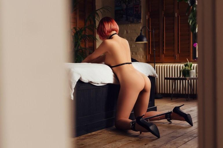 Submissive companion London