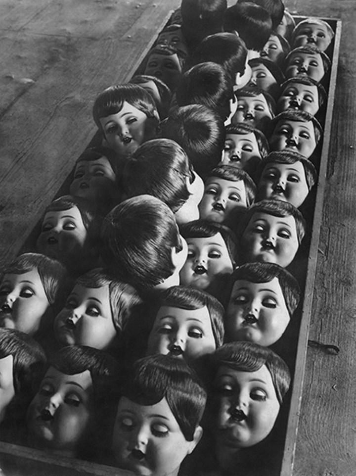 10-Vintage-Photos-of-Creepy-Dolls-that-will-give-you-Nightmares-3