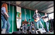 Rock Trailer, Street Party
