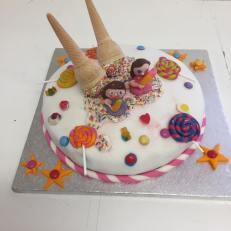 Skerries Art School Cake 02