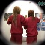 女子校生が和式トイレでうんこする【無修正】