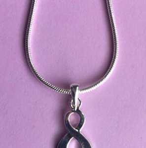 Silver Ribbon Pendant Necklace