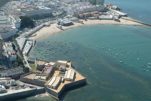 37 aereas castillo de santa catalina y playa de la caleta RED 50