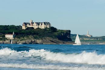 Bahia-Peninsula-y-Palacio-de-la-Magdalena-santander