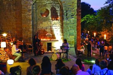 concierto_murallas a luz de las velas