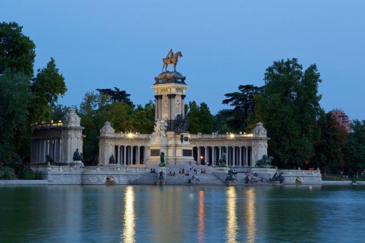 Monumento a Alfonso XII, Parque de El Retiro