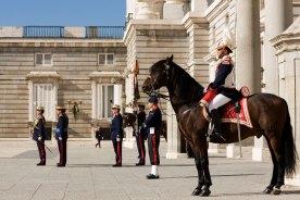 SCB Spain Convention Bureau. Madrid. Relevo de la Guardia Real