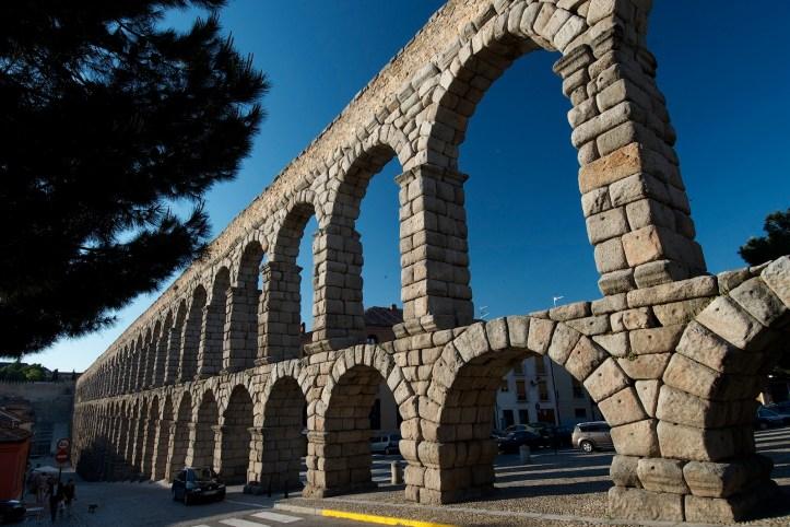 acueducto escaleras De Trajano al SXXI JOSE MANUEL CÓFRECE