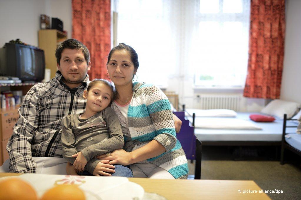 Une famille de Bosnie dans un centre daccueil de Berlin  Photo Picture-alliancedpaBvJutrczenka