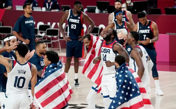 東京奧運會男子籃球冠軍爭奪戰 美國隊 87-82 擊敗法國隊奪得金牌
