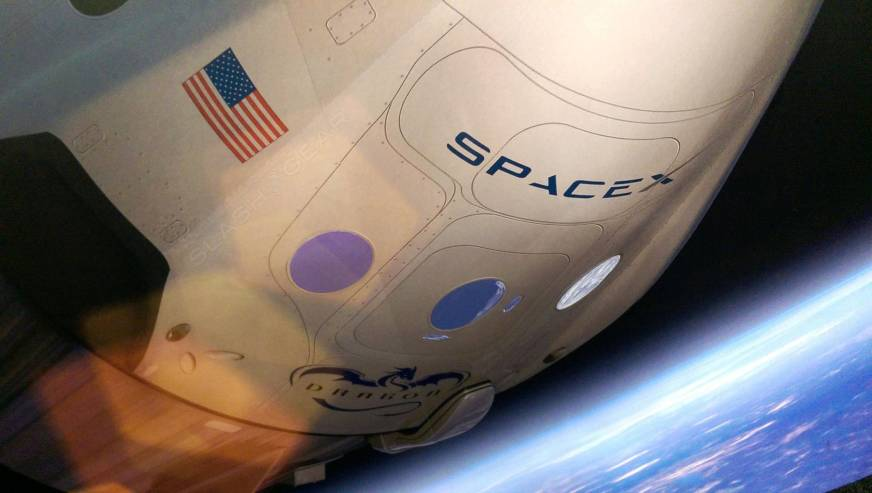 SpaceX Crew Dragon parachute test fails – but it's not ...