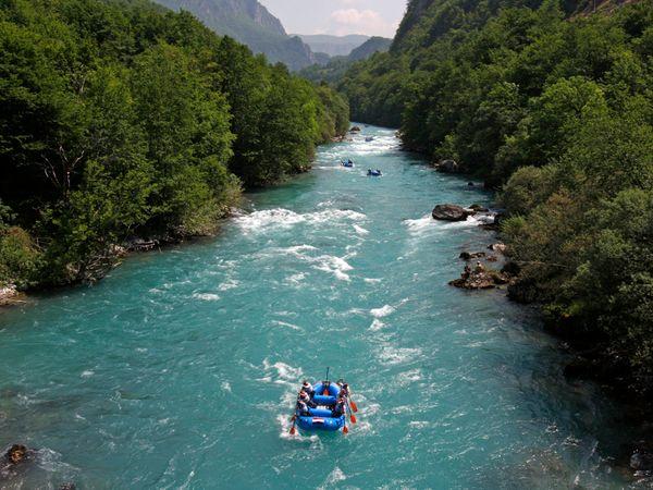 durmitor-national-park-montenegro_30926_600x450