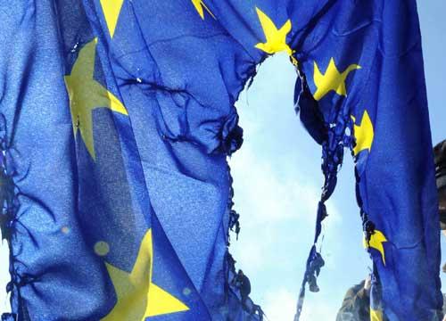 LA DITTATURA DELL'EUROPA E DELL'EURO. Viaggio breve nel tessuto dell'Eurocrazia (di Giuseppe PALMA)