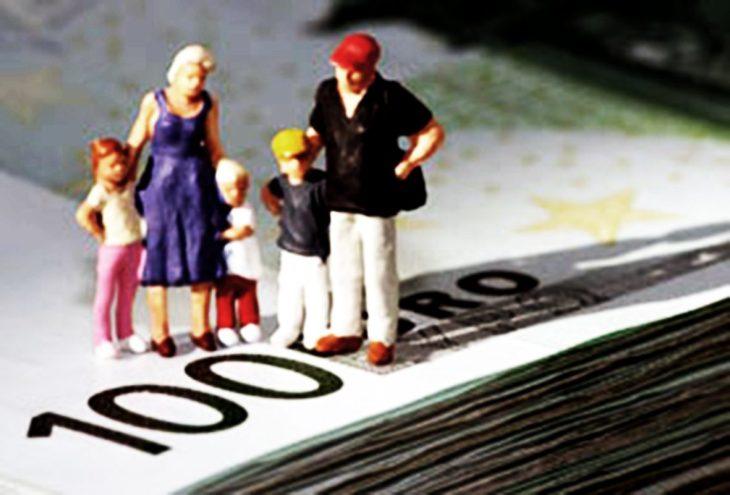 Aumentano i consumi grazie all'indebitamento. Le basi per una nuova crisi finanziaria.
