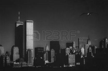 37361946-skyline-di-new-york-con-le-torri-gemelle