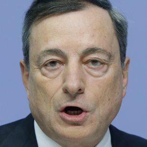 Draghi denuncia complotto contro l'inflazione. Ma è proprio l'eurozona l'esportatrice della deflazione.