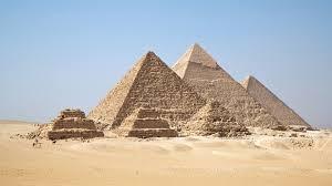 LA STERLINA EGIZIANA ESCE DAL REGIME DI CAMBI FISSI: UN INTERESSANTE ESPERIMENTO