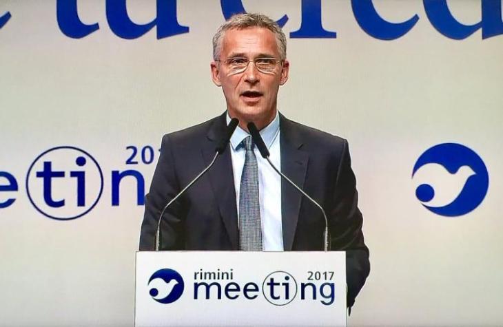 La NATO – leggasi Washington – dice stop ai migranti verso l'Italia, vicinissima agli USA. Dal Meeting di Rimini (chissà come l'ha presa J. Bergoglio)