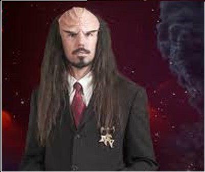 Abbiamo un grave problema: il debito del Pianeta Terra, 12 volte il PIL, verso Klingon