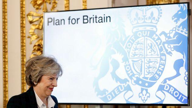 Brexit: la May battuta tre volte in parlamento, la terza volta su un emendamento che blocca la scelta secca. Caos in vista